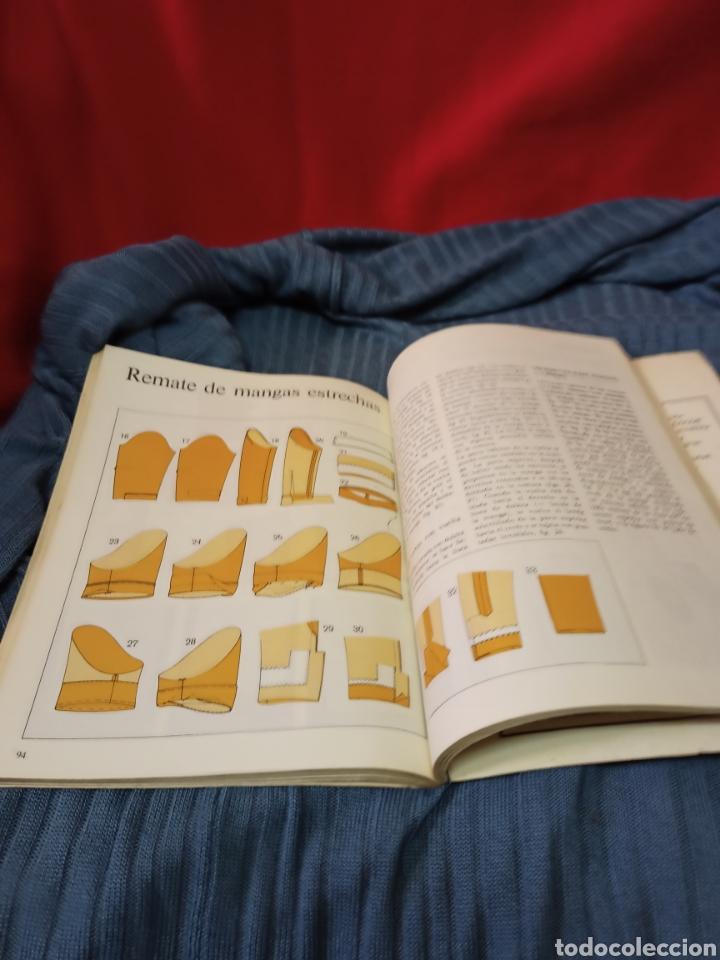 Libros de segunda mano: Muy interesante libro Burda El placer de coser .En español. - Foto 6 - 243786945