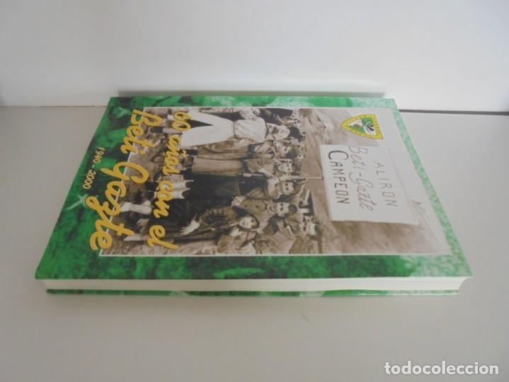 Libros de segunda mano: 60 AÑOS CON EL BETI GAZTE. 1940-2000. AYUNTAMIENTO DE LESAKA. 2000. - Foto 4 - 245217140