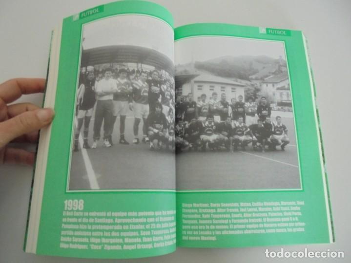Libros de segunda mano: 60 AÑOS CON EL BETI GAZTE. 1940-2000. AYUNTAMIENTO DE LESAKA. 2000. - Foto 11 - 245217140