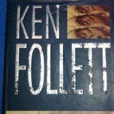 Libros de segunda mano: EL TERCER GEMELO DE KEN FOLLET. Lote 247738315