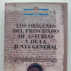 Libros de segunda mano: LOS ORIGENES DEL PRINCIPADO DE ASTURIAS Y DE LA JUNTA GENERAL - JOSEFINA VELASCO / Mª JOSEFA SANZ. Lote 252062295