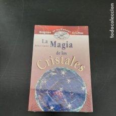 Libros de segunda mano: LA MAGIA DE LOS CRISTALES. Lote 254448865
