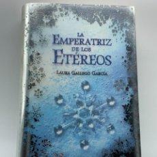 Libros de segunda mano: LA EMPERATRIZ DE LOS ETÉREOS - LAURA GALLEGO GARCÍA. Lote 254597180