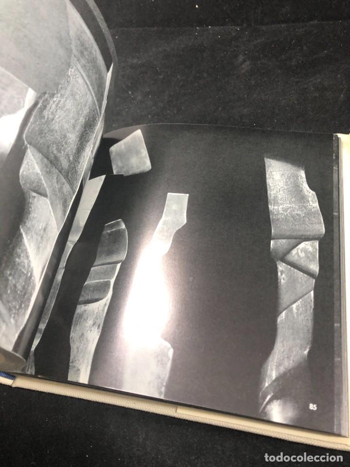 Libros de segunda mano: LOS ESPACIOS DE CHILLIDA. EDICIONES POLIGRAFA PRIMERA EDICION 1974 - Foto 5 - 261520455