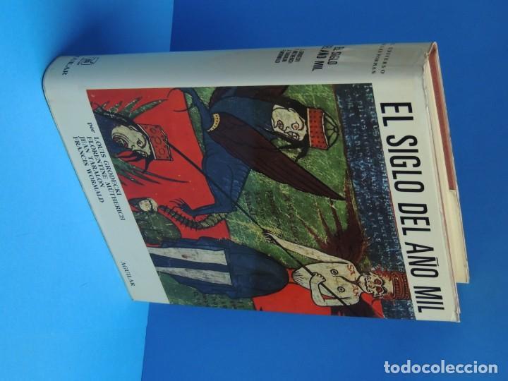 Libros de segunda mano: EL UNIVERSO DE LAS FORMAS: EL SIGLO DEL AÑO MIL.-GRODECKI, L. - MÜTHERICH, F. - TARALON, J. - WORMAL - Foto 2 - 261849635
