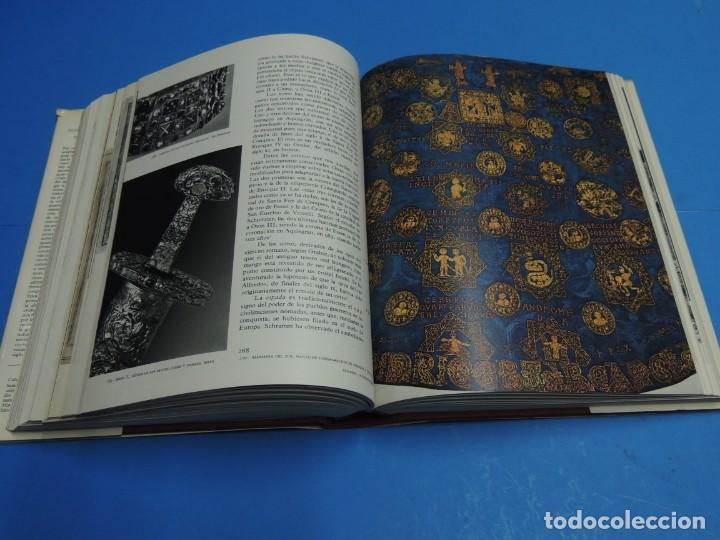 Libros de segunda mano: EL UNIVERSO DE LAS FORMAS: EL SIGLO DEL AÑO MIL.-GRODECKI, L. - MÜTHERICH, F. - TARALON, J. - WORMAL - Foto 15 - 261849635