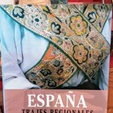 Libros de segunda mano: ESPAÑA - TRAJES REGIONALES - FOTOGRAFIAS CESAR JUSTEL. Lote 265972653