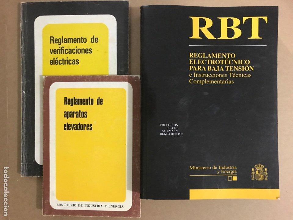 LOTE 3 LIBROS REGLAMENTO ELECTROTECNICO DE APARATOS ELEVADORES VERIFICACIONES ELECTRICAS INDUSTRIA (Libros de Segunda Mano - Ciencias, Manuales y Oficios - Otros)