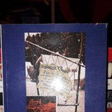 Livros em segunda mão: LOS CAMPAMENTOS DEL FRENTE DE JUVENTUDES. Lote 267088374