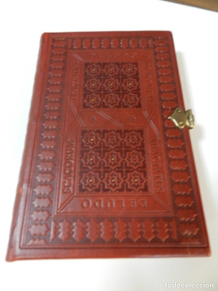 Libros de segunda mano: FACSÍMIL TRACTATUS DE LUDO SCACORUM TRATADO JUEGO DEL AJEDREZ SIGLO XV ED SILOÉ 2008 ÉCHECS CHESS - Foto 4 - 268150859