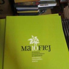 Libros de segunda mano: BUEN LIBRO MA10FIEJ. 10 PREMIOS INTERNACIONALES DE INFOGRAFÍA. Lote 268602369