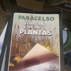 Libri di seconda mano: PARACELSO, EL ARCANO DE LAS PLANTAS,LA TABLA ESMERALDA, EDITORIAL EDAF. Lote 268859254