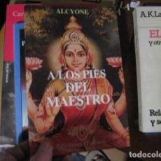 Libros de segunda mano: A LOS PIES DEL MAESTRO ····· ALCYONE OBELISCO. Lote 269245853