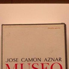 Libros de segunda mano: MUSEO LÁZARO GALDIANO (CONTIENE 100 DIAPOSITIVAS) - JOSE CAMÓN AZNAR - ED. AGUILAR. Lote 269363678