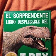Libros de segunda mano: EL SORPRENDENTE LIBRO DESPLEGABLE DEL TIRANOSAURIUS REX. DAVID HAWCOCK. UNICO EN TC. DINOSAURIOS. Lote 271676653