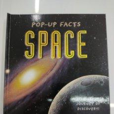 Libros de segunda mano: POP UP FACTS SPACE EL ESPACIO EN INGLES DESPLEGABLE ED. INDIGO BOOKS TEMPLAR 2008 PERFECTO ESTADO. Lote 272948518