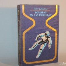 Livros em segunda mão: SOMBRAS EN LAS ESTRELLAS / PETER KOLOSIMO. Lote 275070873