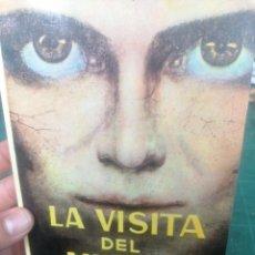 Libros de segunda mano: RODOLFO BENAVIDES. LA VISITA DEL MUERTO. Lote 276295888