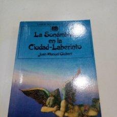 Libros de segunda mano: COL. LABOR BOLSILLO JUVENIL - LA SONÁMBULO EN LA CIUDAD LABERINTO - JOAN MANUEL GISBERT. Lote 277188188