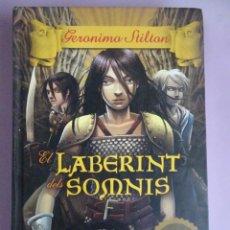 Libros de segunda mano: GERÓNIMO STILTON ,EL LABERINT DELS SOMNIS, EN CATALÁN, DESTINO, VER FOTOS. Lote 277451208