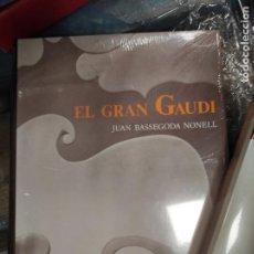 Libros de segunda mano: EL GRAN GAUDI - JUAN BASSEGODA NONEL - EDITORIAL AUSA. NUEVO. Lote 277658133