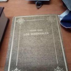 Libros de segunda mano: LOS MISERABLES VICTOR HUGO, TOMO I PETRONIO. EST14B6. Lote 278350333