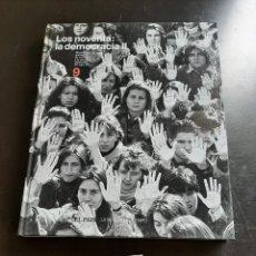 Libros de segunda mano: LOS NOVENTA LA DEMOCRACIA. Lote 284150228