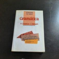 Libros de segunda mano: GRAMÁTICA. Lote 284209553