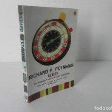 Libros de segunda mano: QED (THE STRANGE THEORY OF LIGHT AND MATTER (RICHARD FEYNMAN) PENGUIN-1990. Lote 286701478