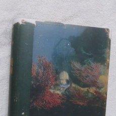 Libros de segunda mano: .EL MUNDO SILENCIOSO...JACQUES YVES COUSTEAU...5ª EDICION DE 1959...USADO...FOTOS..330 PGS.. Lote 287243358