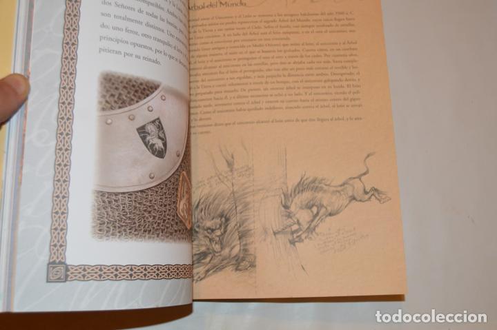 Libros de segunda mano: EL MÁGICO MUNDO DE LOS UNICORNIOS - CRISTINA CAMBARERI / ALEJANDRO RAVASSI - ED. CONTINENTE - Foto 3 - 288584068