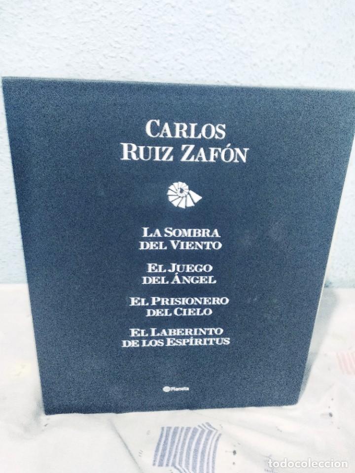 CARLOS RUIZ ZAFON LA CUATRILOGIA DEL CEMENTERIO DE LOS LIBROS NUEVA EN UN ESTUCHE DE CARTÓN (Libros de Segunda Mano (posteriores a 1936) - Literatura - Otros)