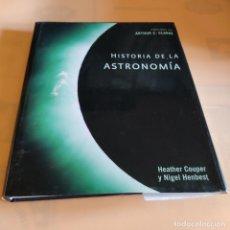 Libros de segunda mano: HISTORIA DE LA ASTRONOMIA. ARTHUR C. CLARKE. 2008. EDITORIAL PAIDOS. 288 PAGS.. Lote 291945908