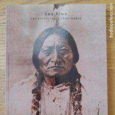 Libros de segunda mano: AMERICA. LOS SIUX, LOS PIELES ROJAS IMAGINADOS, CATALOGO DE EXPOSICION, MIN. CULTURA, 1999. Lote 294384338