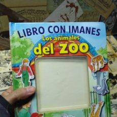 Libros de segunda mano: LIBRO CON IMANES. LOS ANIMALES DEL ZOO.. Lote 297160023