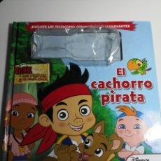 Libros de segunda mano: EL CACHORRO PIRATA - DISNEY JUNIOR - JAKE Y LOS PIRATAS DE NUNCA JAMÁS - EVEREST. Lote 297278778