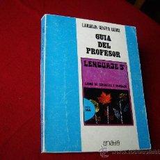 Libros de segunda mano: LENGUAJE 5º E.G. B GUIA DEL PROFESOR - ANAYA 1972 -. Lote 28343196
