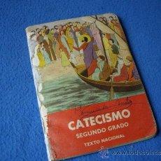 Libros de segunda mano: CATECISMO 2º GRADO ( 1965 ). Lote 34692112
