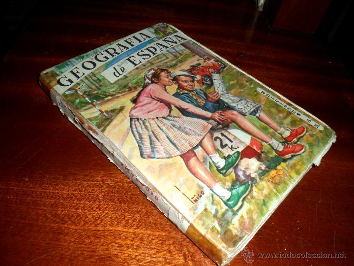 GEOGRAFÍA DE ESPAÑA. PRIMER CURSO. ANTONIO MARIA ZUBIA (1960) (Libros de Segunda Mano - Libros de Texto )
