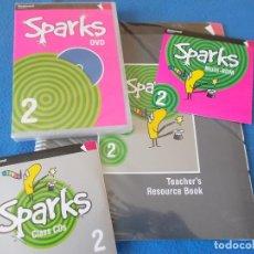 Libros de segunda mano: METERIAL DE INGLES DEL CURSO SPARKS 2 ( 2º PRIMARIA ) - RICHMOND -. Lote 91768705