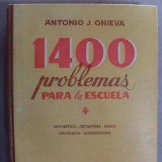 Libros de segunda mano: 1400 PROBLEMAS PARA LA ESCUELA SOLUCIONES DE TODOS LOS PROBLEMAS DE LOS TRES GRADOS/ 1958. Lote 95716531