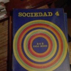 Libros de segunda mano: LIBRO SANTILLANA EGB AÑOS 80 / SOCIEDAD 4. Lote 110196827