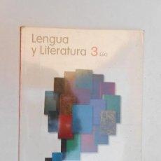 Libros de segunda mano: LENGUA Y LITERATURA TERCERO 3 ESO PROYECTO LA CASA DEL SABER - SANTILLANA - 2008. Lote 113511067