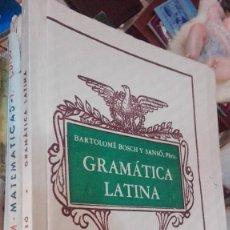 Libros de segunda mano: GRAMATICA LATINA. PARA TODOS LOS CURSOS DE BACHILLERATO. Lote 118613031