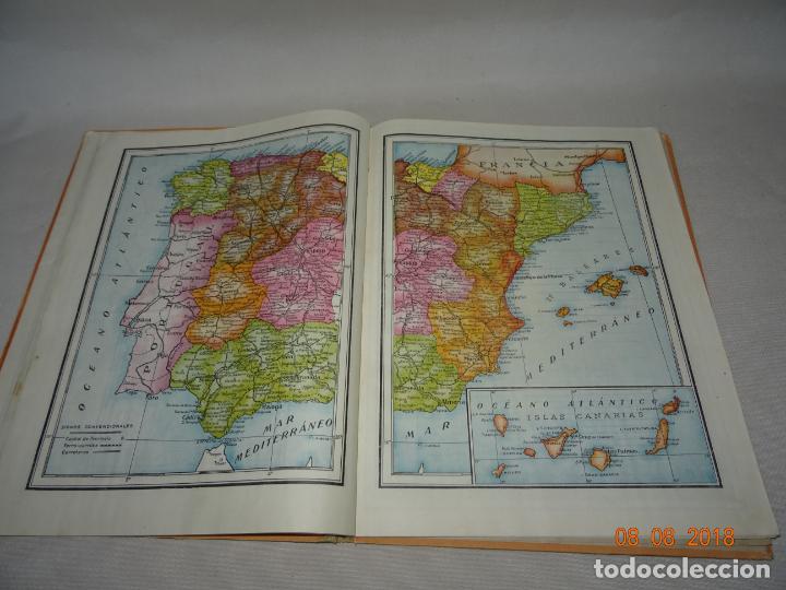 Libros de segunda mano: Antiguo ATLAS Escolar de Geografia Moderna DCP Dalmau Carles Pla, S.A. en Gerona y Madrid Año 1950s. - Foto 2 - 130380586