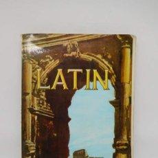 Libros de segunda mano: M69 LIBRO DE TEXTO, LATÍN 3º CURSO. ED. SM. AÑO 1969.. Lote 139670362