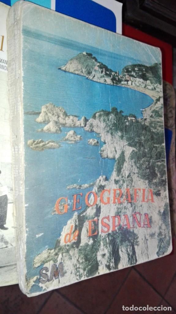 GEOGRAFIA DE ESPAÑA PRIMER CURSO S.M. 1962 ANTONIO MARIA ZUBIA (Libros de Segunda Mano - Libros de Texto )