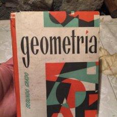 Libros de segunda mano: ANTIGUO LIBRO ESCOLAR GEOMETRÍA SEGUNDO GRADO EDICIONES BRUÑO AÑO 1958. Lote 156635550