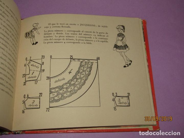Libros de segunda mano: Antiguo Libro EN LA CLASE DE COSTURA Método Infantil de Corte y Confección del Año 1956 - Foto 5 - 177944028