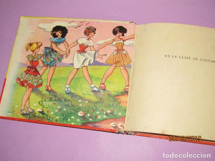 Libros de segunda mano: Antiguo Libro EN LA CLASE DE COSTURA Método Infantil de Corte y Confección del Año 1956 - Foto 9 - 177944028